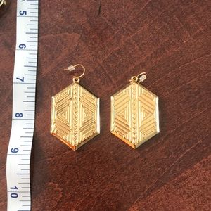 Vince Camuto gold tone earrings